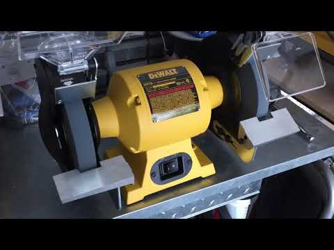 Performance: DEWALT Bench Grinder, 8 Inch DW758 [No Noises or Wobble]