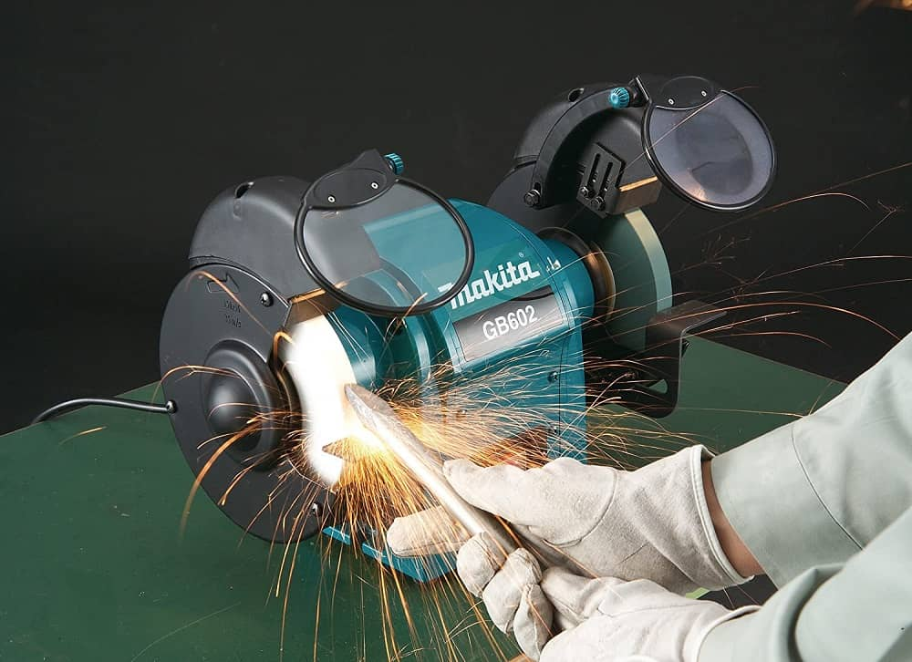 Sharpening tools with a makita bench grinder