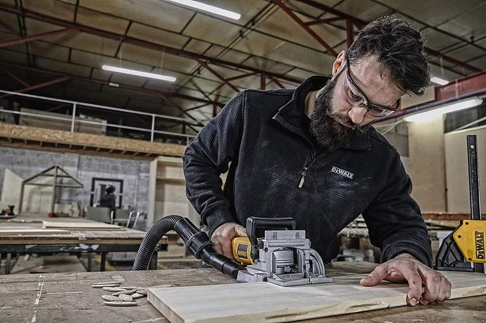 Using the Dewalt plate joiner with extration system