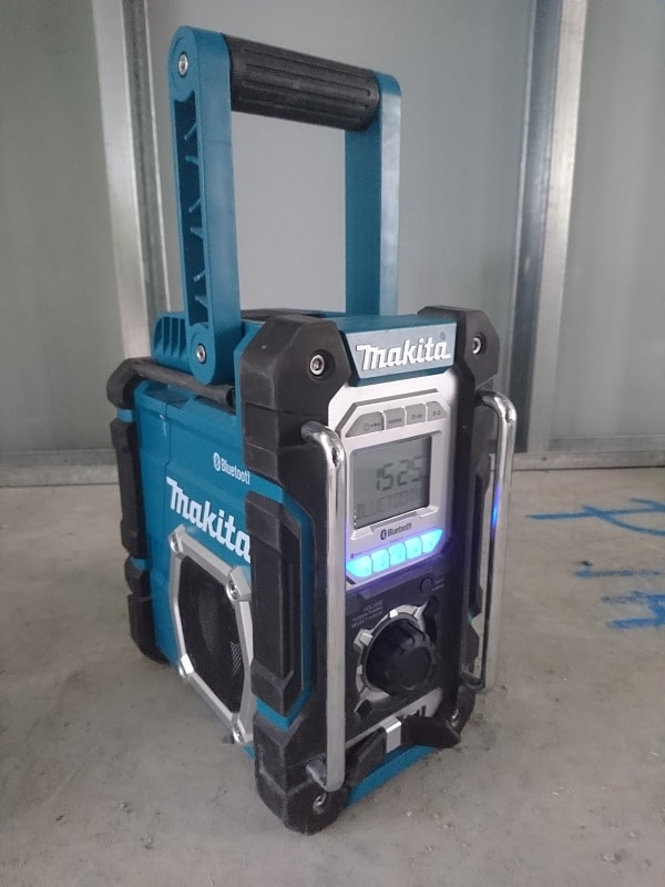 Makita XRM06B worksite speaker