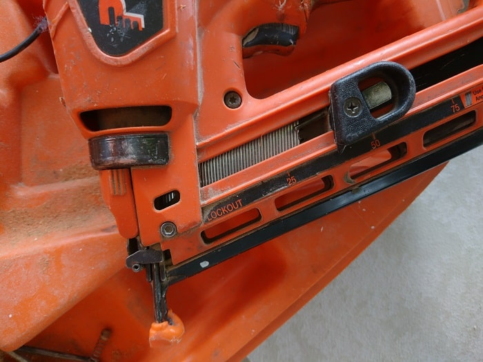 Angle Finishing Gas Nailer
