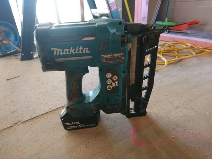 Cordless Makita Finishing Nailer