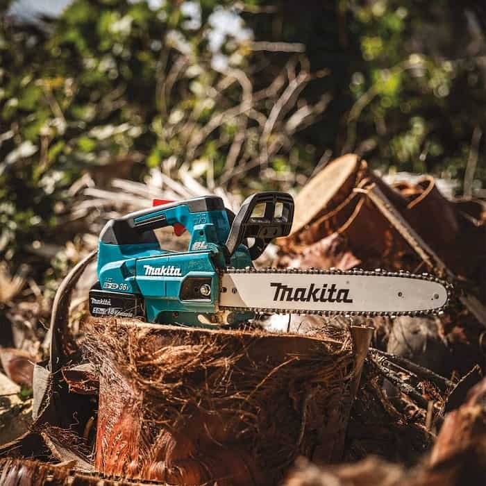 Makita Cordless Chainsaw Ready To Go
