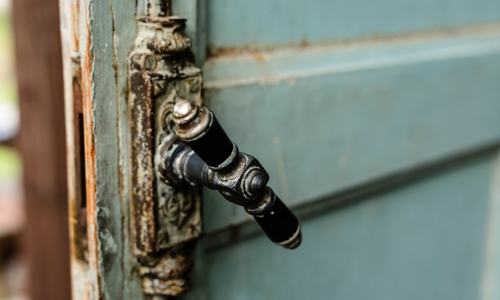 Chipped paint on door knob