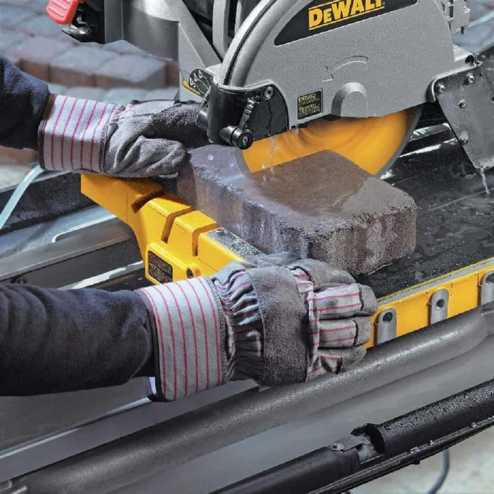 DEWALT D24000S 10 inch tile saw with stand