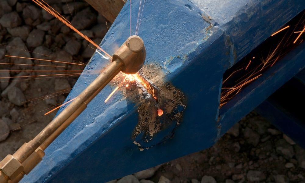 Brazing repair in steel