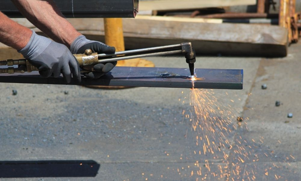 Cutting steel with torch kit