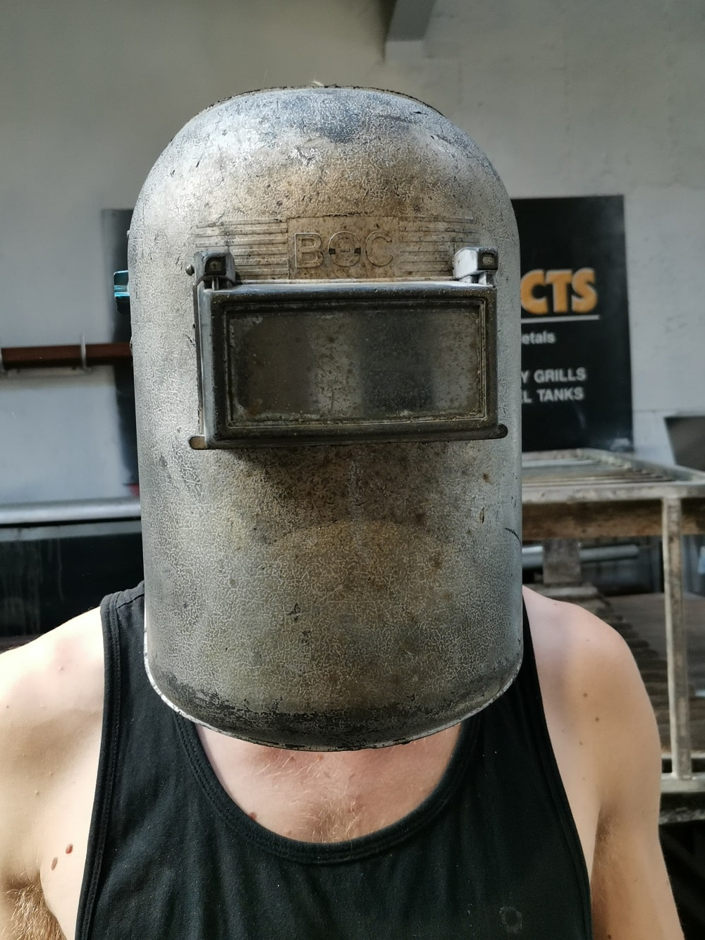 Wearing welding face sheild