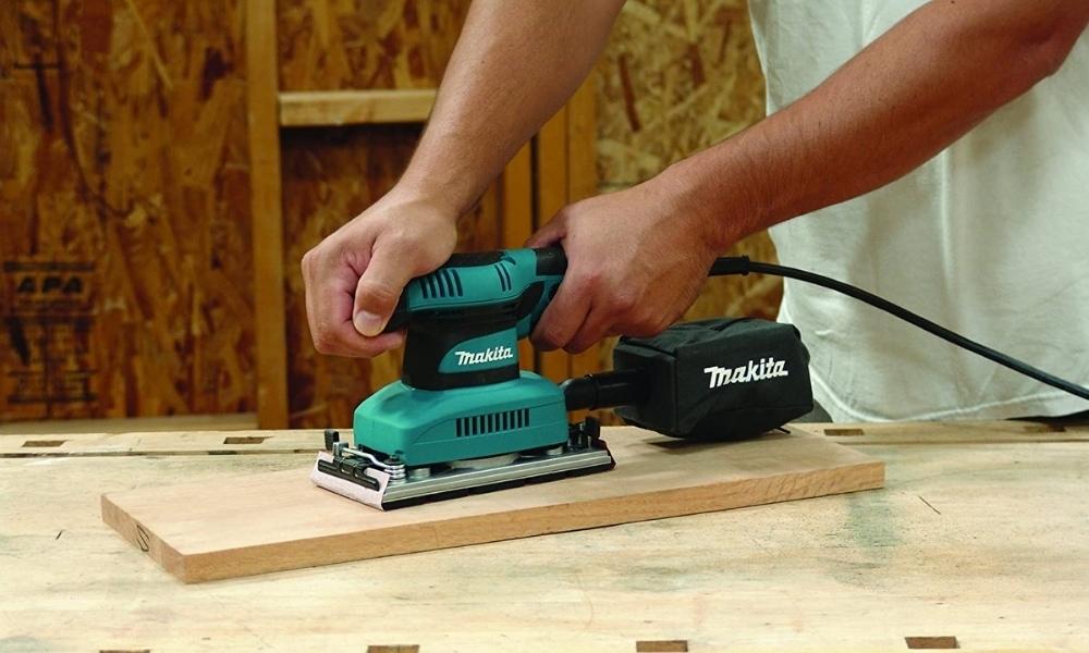 Using Makita power sander for finishing