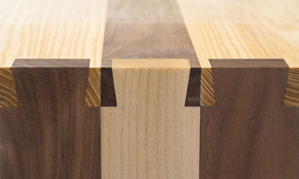 Dovetail wood joints