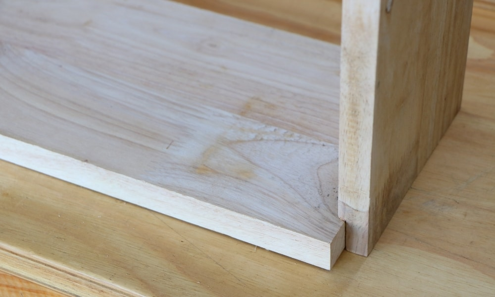 How to join two pieces of wood end to end?