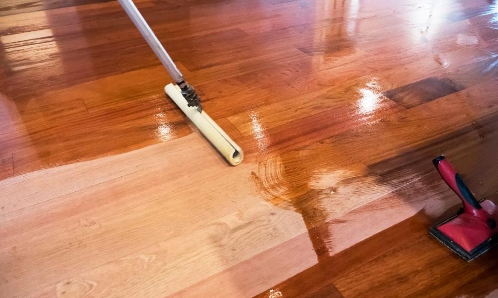 Staining wooden plank floor board