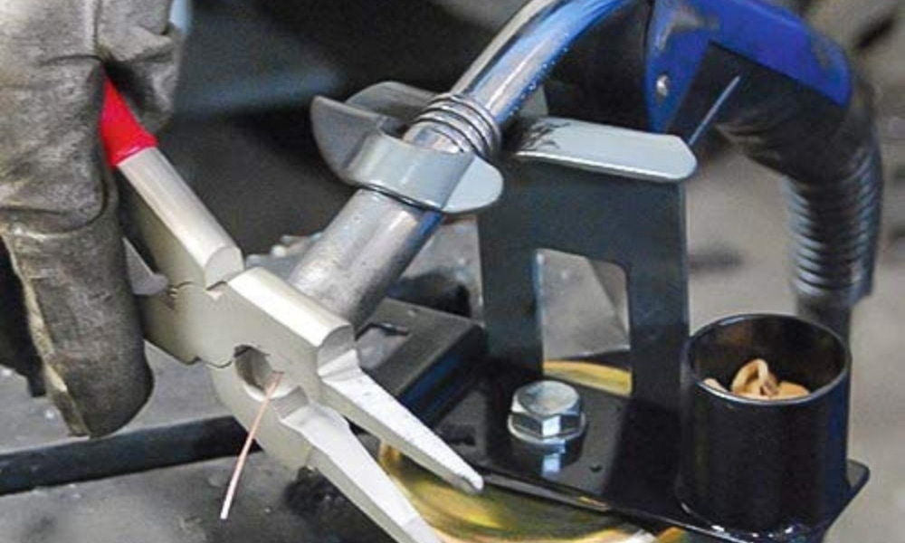 Strong hand tool welding pliers