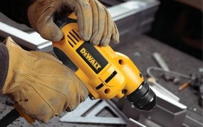 A Dewalt DWD115K corded without the drill bit drill