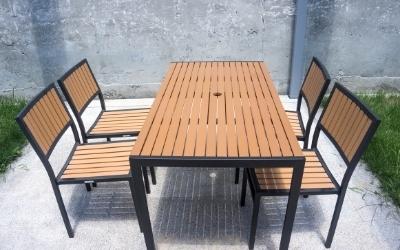 Furniture for garden made of teak wood
